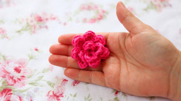 Super easy Crocheted Rose Tutorial