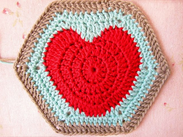 happy-valentines-and-a-hearty-hexagon-pattern