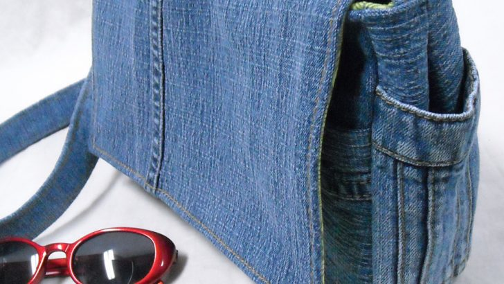 You Can Make Bags Out of Your Old Jeans