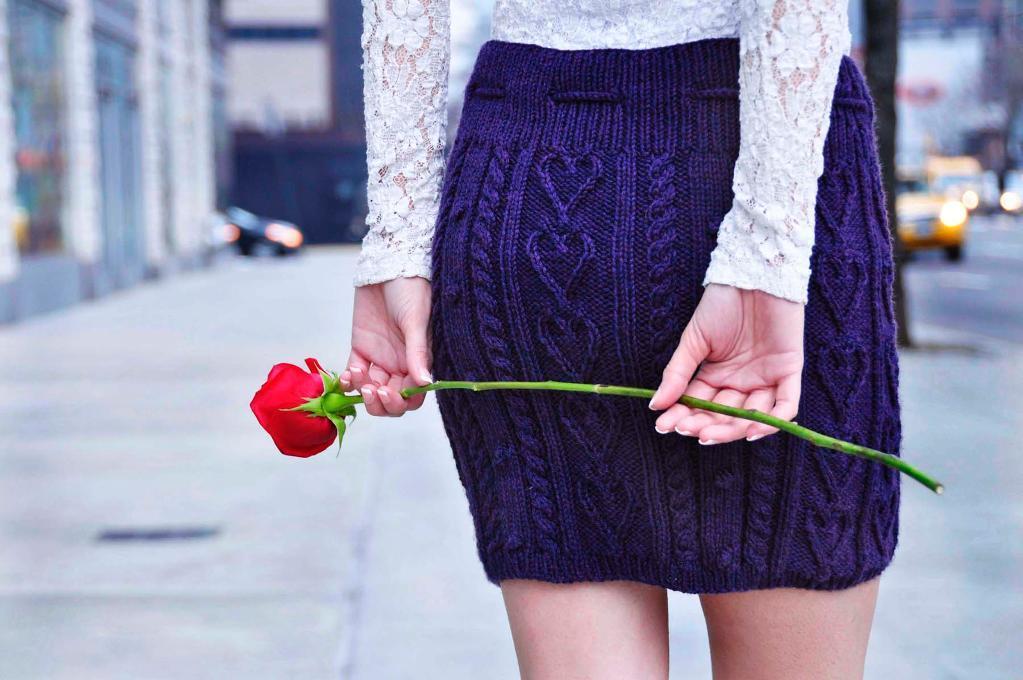 easy-knittin-models-skirt