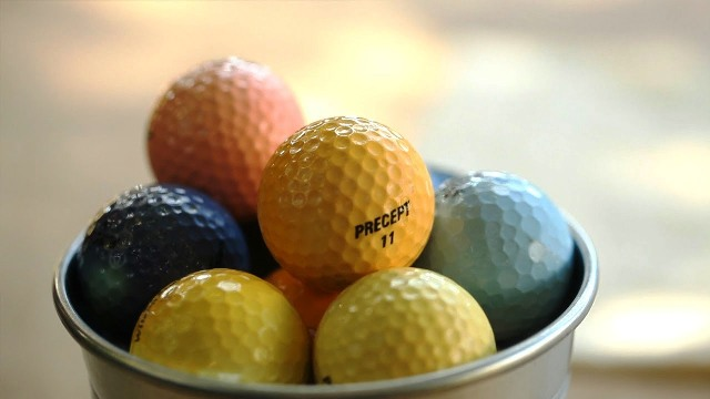 How to Dye Golf Balls Yourself