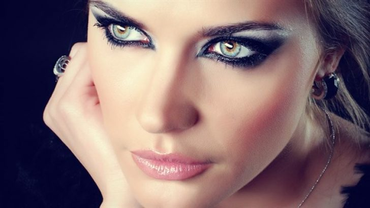 The Secret of beautiful colorful eyes