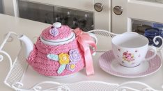 Knitting Tea Kettle Cover Made