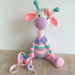 Amigurumi Giraffe Toy Free Crochet Patterns • DIY How To | 300x300