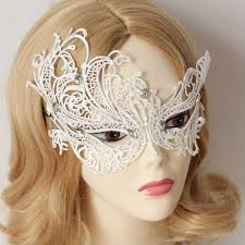 how-is-make-of-lace-mask-1