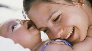 how-to-breast-feed-your-baby-2