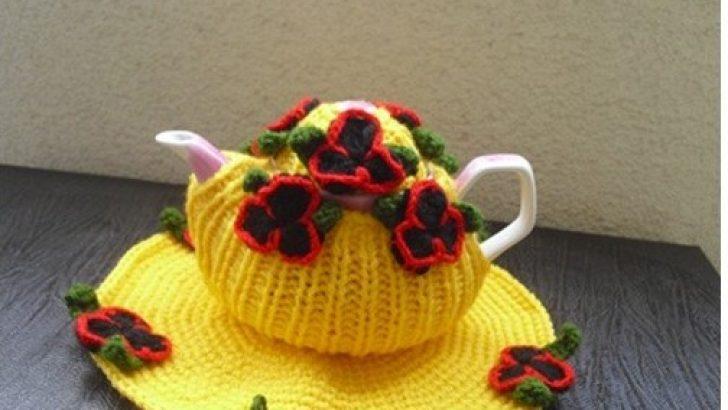 Knitting Tea Pot Covers