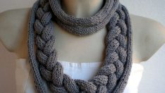 Knitting Necklace