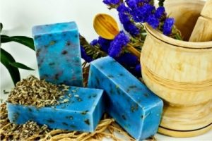 benefits-of-herbal-soap-1