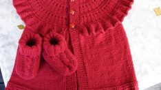 Knitting Baby Vests