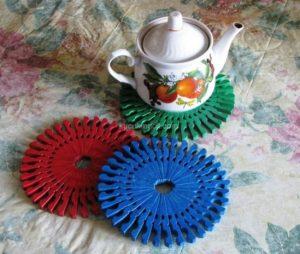 making-pots-litter-the-latch-1