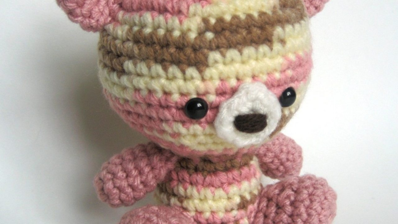 Patches the Little Teddy Bear amigurumi pattern ... | 720x1280