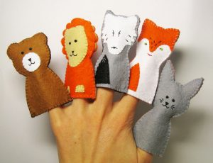 crocheted-finger-puppets-made-4