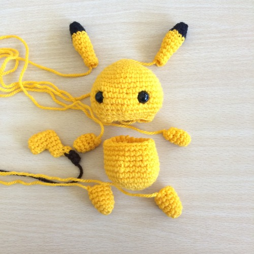 Making Pikachu Amigurumi - Knitting, Crochet, Diy, Craft, Free Patterns - Kni...