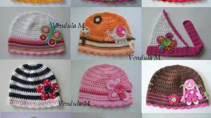 2017 Knited Baby Boties and Hat