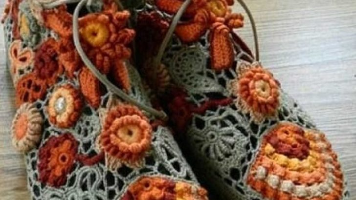Knitted-House-Shoes