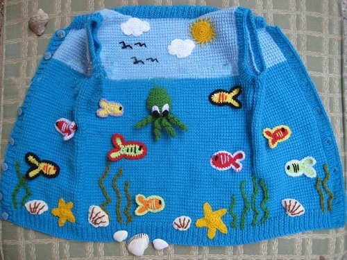 chrochet-baby-vests