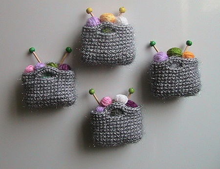 knitting-fridge-decorations