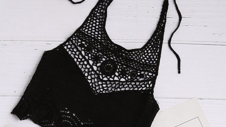 Black Hollow Out Crochet Tie Detail Crop Halter Top