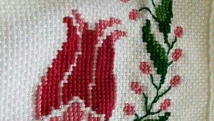 Cross stitch flower template and patterns