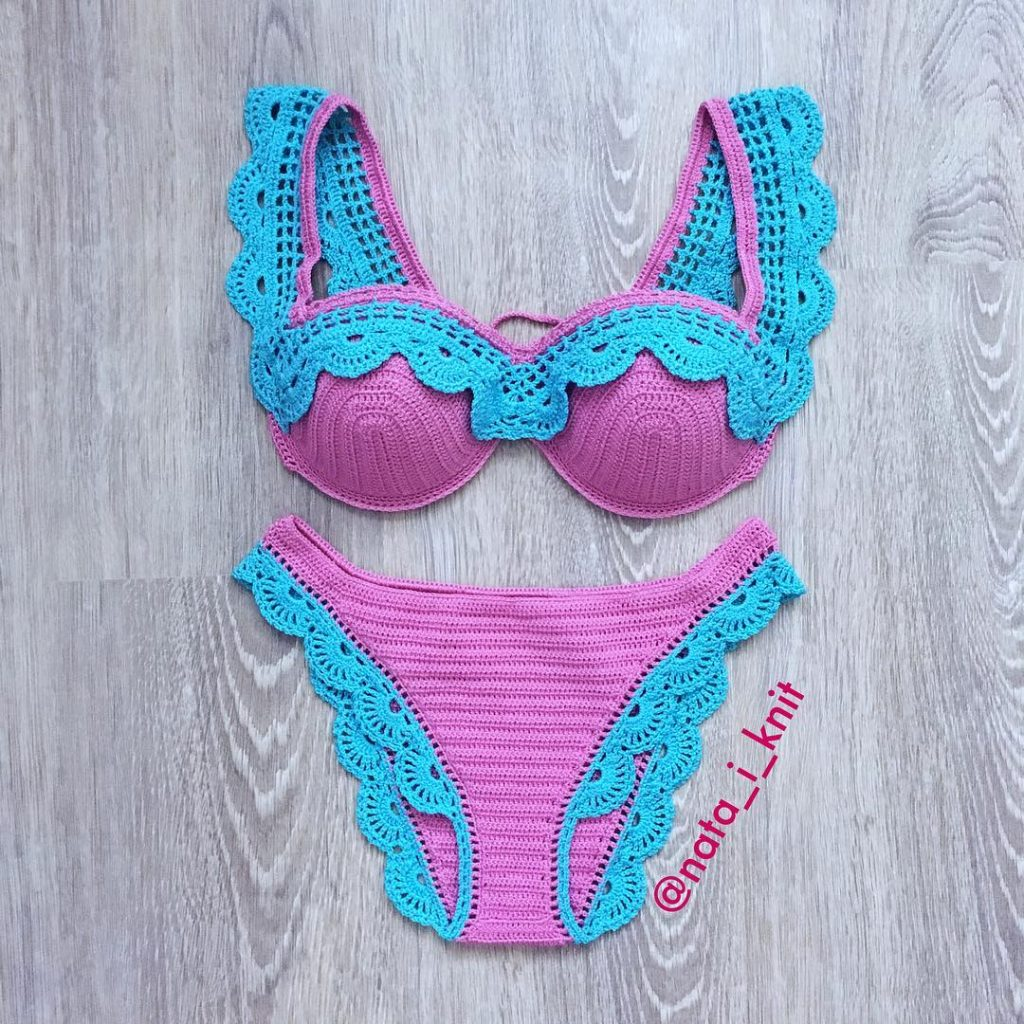 Bikini knit pattern