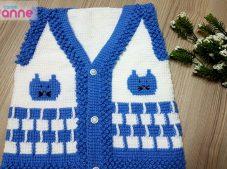 Knitted baby vest model handmade / Cat figured baby vest