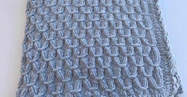 Baby blanket pattern free with velvet rope