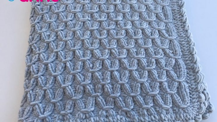 Baby blanket pattern free with velvet rope